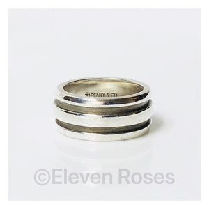 Tiffany & Co Atlas Groove Band Ring